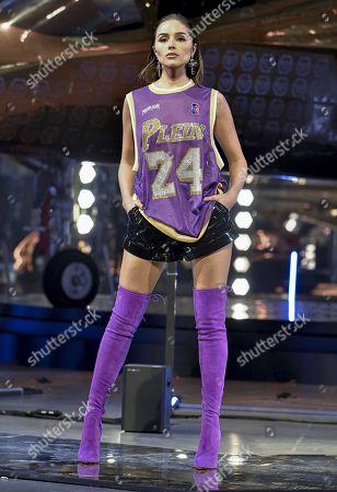 Olivia Culpo on the catwalk