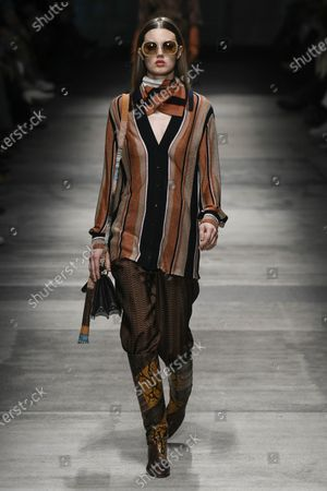 Stock Picture of Lindsey Wixson on the catwalk