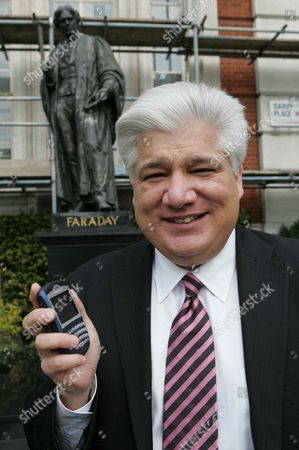 Mike Lazaridis Chairman Of Blackberry.
