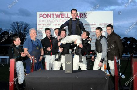 Leighton Aspell with fellow jockeys after his last ride before retirement at Fontwell Itsnotwhatyouthink finished 2nd.