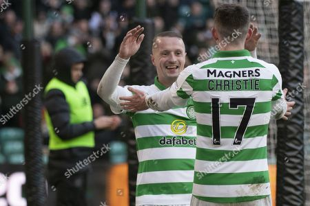 Leigh Griffiths celbrates scoring Celtic's third goal (3-1)