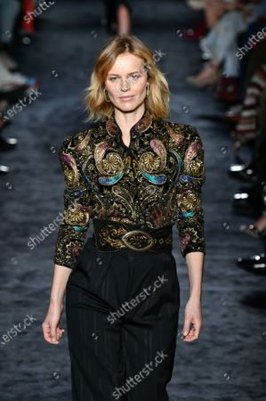 Eva Herzigova on the catwalk