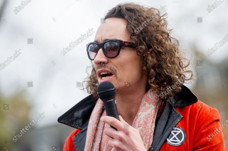 Scottish Actor Robert Sheehan talks at Russell Square