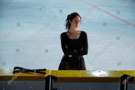 Kaya Scodelario as Kat Baker