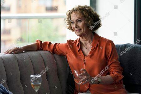 Francesca Annis as Vivien.