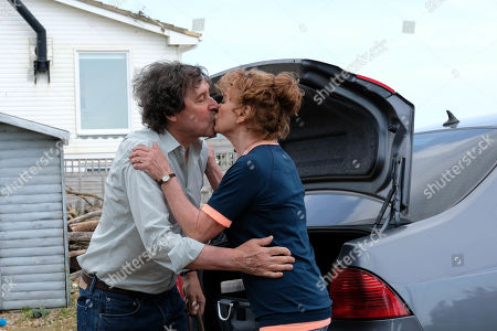 Stephen Rea as Mark and Francesca Annis as Vivien.