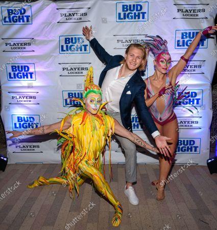 William Karlsson and Cirque Du Soleil Performers