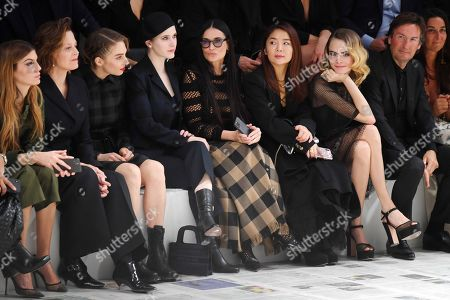 Sigourney Weaver, Maya Thurman Hawke, Rachel Brosnahan, Demi Moore and Cara Delevingne in the front row