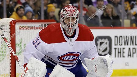 Montreal Canadiens goaltender Carey Price plays during the second period of the team's NHL hockey game against the Pittsburgh Penguins in Pittsburgh