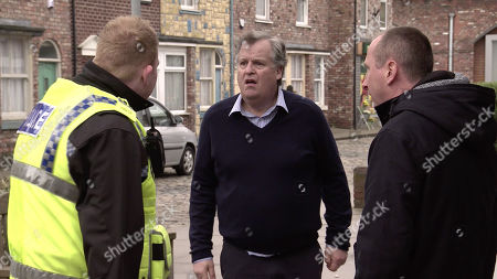 Ep 10024 Friday 6th March 2020 - 1st Ep Brian Packham, as played by Peter Gunn, hotfoots it from the Kabin after a shoplifter. Craig Tinker, as played by Colson Smith, gives chase but soon finds himself out of breath and gives up.
