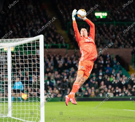 FC Copenhagen goalkeeper Karl-Johan Johnsson jumps fumbles the ball to give Mohamed Elyounoussi of Celtic a chance to score. Elyounoussi passed the ball across the face of the empty goal and there was no team mate to tap it into the net.