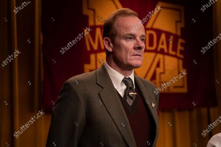 Alistair Petrie as Michael Groff