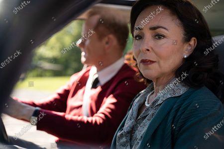 Alistair Petrie as Michael Groff and Samantha Spiro as Maureen Groff