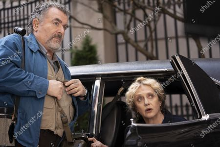 Saul Rubinek as Murray Markowitz and Carol Kane as Mindy Markowitz