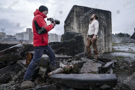 Francis Lawrence Director and Jason Momoa as Baba Voss