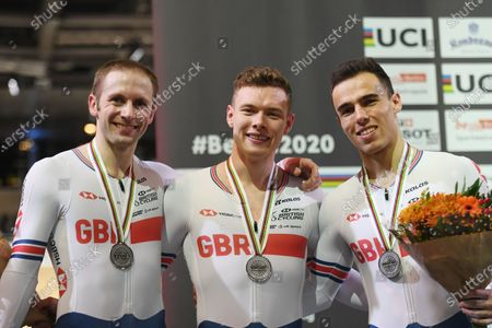 Great Britains Jason Kenny, Jack Carlin and Ryan Owens win silver in the Men's Team Sprint.