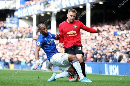 Djibril Sidibe of Everton and Victor Lindeloff of Manchester United