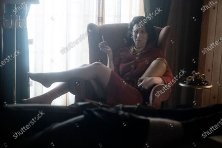 Cara Mantella as Jackie Loomis