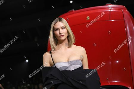 Karlie Kloss wears a creation for the Off White fashion collection during Women's fashion week Fall/Winter 2020/21 presented in Paris