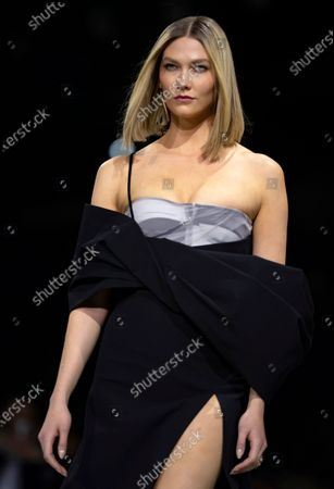 US model Karlie Kloss presents a creation by Virgil Abloh for Off White fashion house during the Paris Fashion Week, in Paris, France, 27 February 2020. The Fall-Winter 2020/21 women's collection runs from 24 February to 03 March 2020.