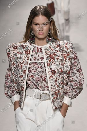 Stock Picture of Anna Ewers on the catwalk