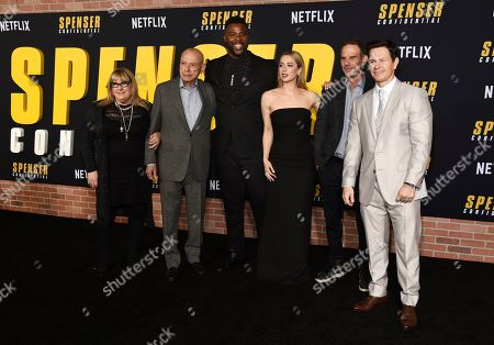 """Peter Berg, Colleen Camp, Alan Arkin, Winston Duke, Iliza Shlesinger, Mark Wahlberg. Peter Berg, second from right, director of the Netflix film """"Spenser Confidential,"""" poses with cast members, from left, Colleen Camp, Alan Arkin, Winston Duke, Iliza Shlesinger and Mark Wahlberg at the world premiere of the film at the Regency Village Theatre, in Los Angeles"""