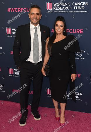 Mauricio Umansky, Kyle Richards. Mauricio Umansky, left, and Kyle Richards attend the 2020 An Unforgettable Evening at Beverly Wilshire on in Beverly Hills, Calif