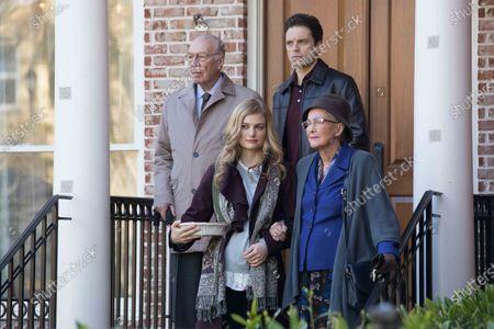 Christopher Plummer as Frank Pitsenbarger, Alison Sudol as Tara Huffman, Sebastian Stan as Scott Huffman and Diane Ladd as Alice Pitsenbarger