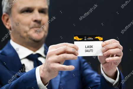 German former soccer player Dietmar Hamann shows a ticket of LASK Linz during the UEFA Europa League 2019/20 Round of 16 draw, at the UEFA Headquarters in Nyon, Switzerland, 28 February 2020.