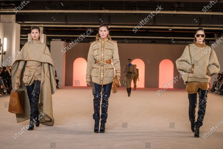 US model Erin Wasson (C) presents creations by French designer Olivier Rousteing for Balmain fashion house during the Paris Fashion Week, in Paris, France, 28 February 2020. The presentation of the Fall-Winter 2020/21 women's collection runs from 24 February to 03 March 2020.