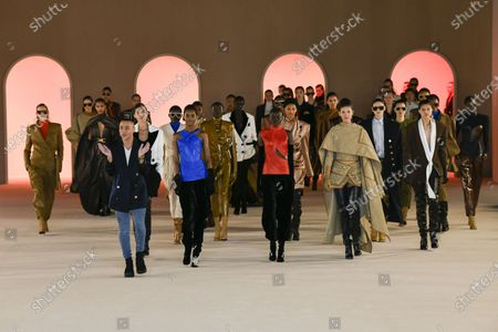Olivier Rousteing, Erin Wasson, Julia Stegner, Helena Christensen, Caroline Ribeiro, Esther Canadas and Liya Kebede and models on the catwalk