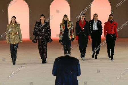 Olivier Rousteing, Erin Wasson, Julia Stegner, Helena Christensen, Caroline Ribeiro, Esther Canadas and Liya Kebede on the catwalk