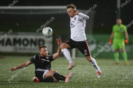 Derry City vs Bohemians. Bohemian's Keith Ward and Derry's Conor Clifford