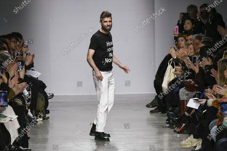 Lutz Huelle on the catwalk
