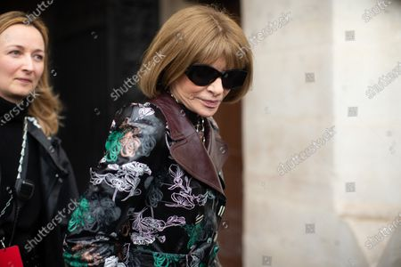 Anna Wintour at the Paco Rabanne show