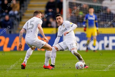 Leeds United midfielder Pablo Hernandez (19)  during the EFL Sky Bet Championship match between Hull City and Leeds United at the KCOM Stadium, Kingston upon Hull