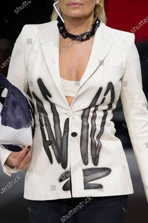 Yolanda Hadid on the catwalk, fashion detail