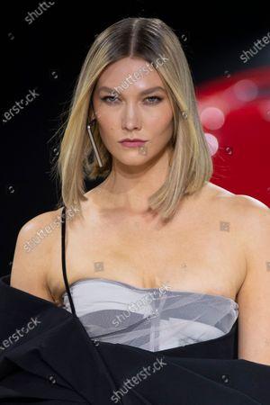 Karlie Kloss on the catwalk, fashion detail
