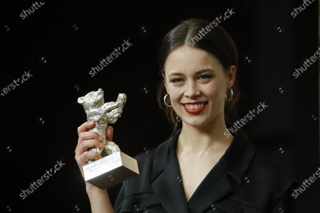 Paula Beer, winner of the Silver Bear for Best Actress for 'Undine' attends the Winners' Press Conference after the Closing and Awards Ceremony of the 70th annual Berlin International Film Festival (Berlinale), in Berlin, Germany, 29 February 2020. The Berlinale runs from 20 February to 01 March 2020.