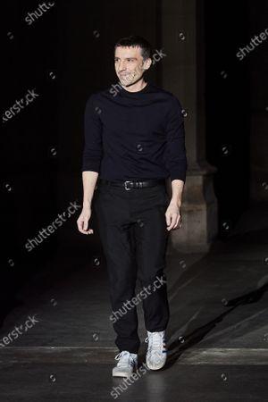 Julien Dossena on the catwalk