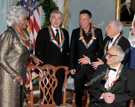 2009 Kennedy Center honorees from left to right: Grace Bumbry, Robert De Niro, Bruce Springsteen, Mel Brooks, and Dave Brubeck