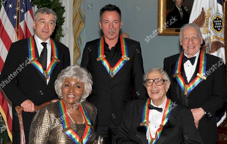2009 Kennedy Center honorees front row from left to right: Grace Bumbry and Dave Brubeck - back row from left to right: Robert De Niro, Bruce Springsteen, Mel Brooks