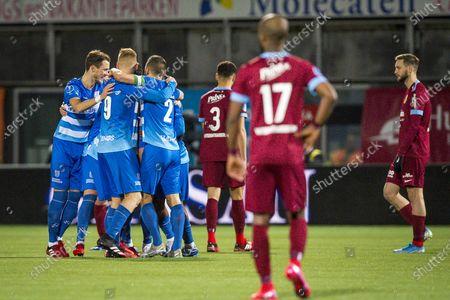 Stock Picture of (L-R) Thomas Lam of PEC Zwolle, Mike van Duinen of PEC Zwolle, Bram van Polen of PEC Zwolle, Armando Obispo of Vitesse, Eli Dasa of Vitesse and Tim Matavz of Vitesse