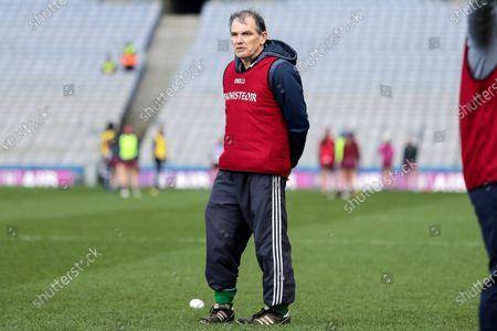 Sarsfields vs Slaughtneil. Sarfields manager Michael McGrath