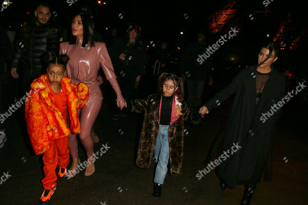 Kim Kardashian West and North West with Kourtney Kardashian and Penelope Disick