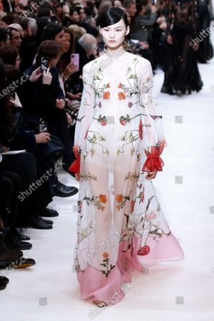 A model presents a creation from the Fall/Winter 2020/21 women's collection by Italian designer Pier Paolo Piccioli for the Valentino fashion house during the Paris Fashion Week, in Paris, France, 01 March 2020. The Fall-Winter 2020/21 women's collection runs from 24 February to 03 March 2020.
