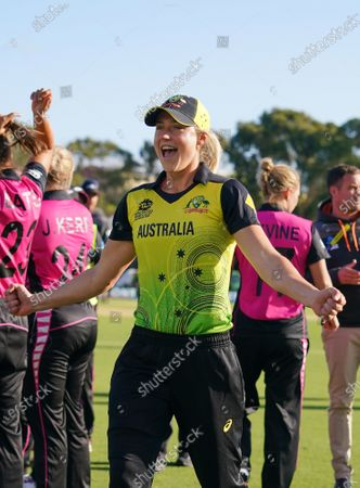 Ellyse Perry of Australia celebrates after winning the Women's T20 World Cup cricket match between Australia and New Zealand at Junction Oval in Melbourne, Australia, 02 March 2020.