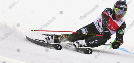 Ted Ligety of the USA clears a gate during the first run of the Men's Giant Slalom race at the FIS Alpine Skiing World Cup in Hinterstoder, Austria, 02 March 2020.