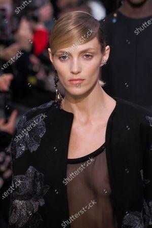 Anja Rubik on the catwalk