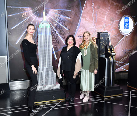 Behati Prinsloo, Ivonne Higuero, Secretary-General, Convention on International Trade in Endangered Species of Wild Fauna and Flora (CITES) and Adriana Dinu, Deputy Director, Bureau for Policy and Programme Support, United Nations Development Programme (UNDP)